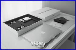 Apple MacBook Pro 13 Laptop (October, 2013) with Incase Sleeve Case Bundle