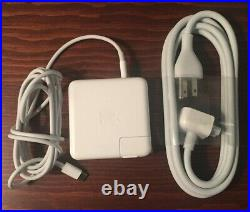 Apple MacBook Pro 13-inch, MPDK2LL/A A1706 with case (BUNDLE), 3.3GHz i7, 512GB