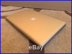 Apple Macbook Pro 17 Intel i7 2.4 Ghz 16GB 750GB Late 2011 KUZY Case