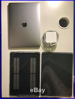 BUNDLE SEE DESCR 2017 13 MacBook Pro A1708 Grey Case 61 W Charger, 2 M Cord