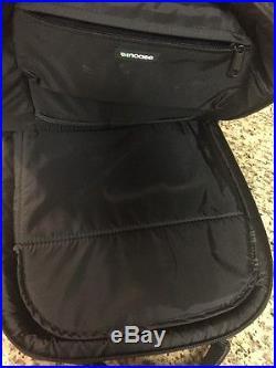 Black Incase Icon Slim Backpack Macbook Pro Laptop Case. Great looking bag