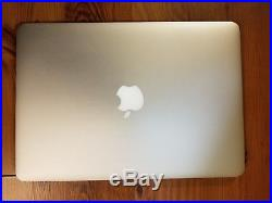 MacBook Pro 13 Retina 2015 / 2.7 GHz / i5 / 8 GB / 256 GB SSD + Case bundle