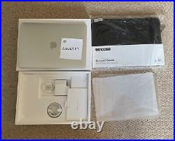 Mint Macbook Pro 13 2.3ghz i7 32GB 4TB Silver MAX SPEC 2020 Case Bundle