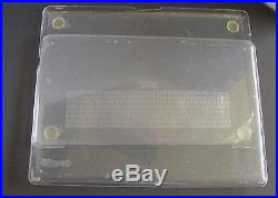 NEW MACBOOK PRO 17 SEE THRU CLEAR SPECK CASE COVER DISCONTINUED Rare