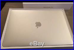New OPEN 2018 Apple MacBook Pro 13 2.3 Ghz i7 Touch Bar 256GB SSD Bundle w case