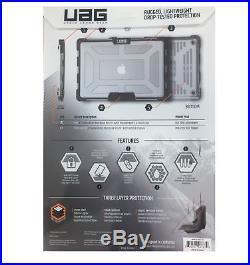 UAG Ice Sleek Transparent Case for MacBook Pro 15 2016 (4th Gen) Ice/Black TM